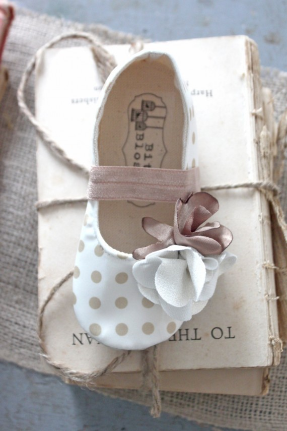beige and white polka dot shoes | handmade flower girl shoes via http://emmalinebride.com/spring/handmade-flower-girl-shoes/