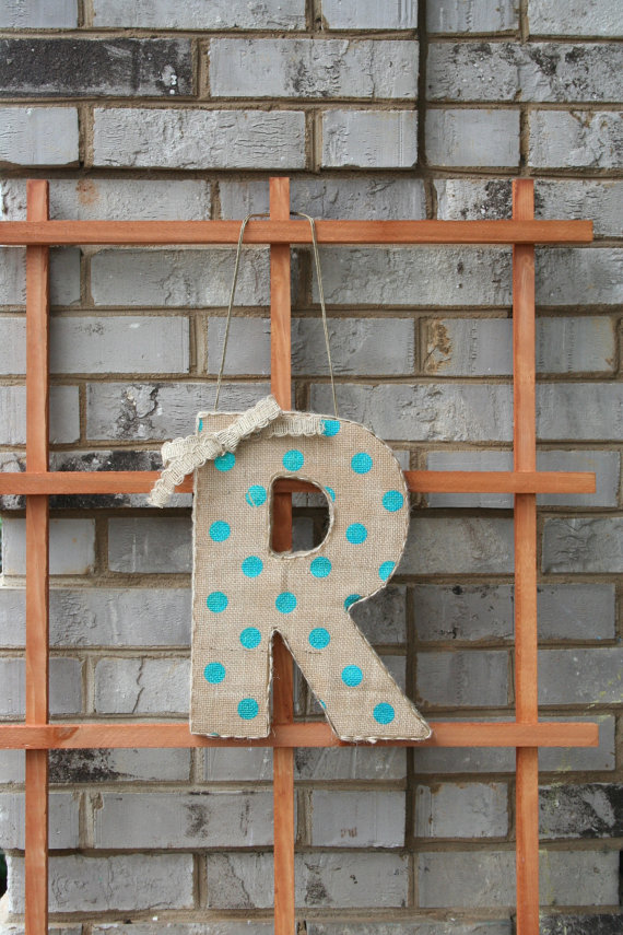 polka dot wedding monogram letter | via polka dot wedding ideas http://emmalinebride.com/themes/polka-dot-wedding-ideas-handmade/