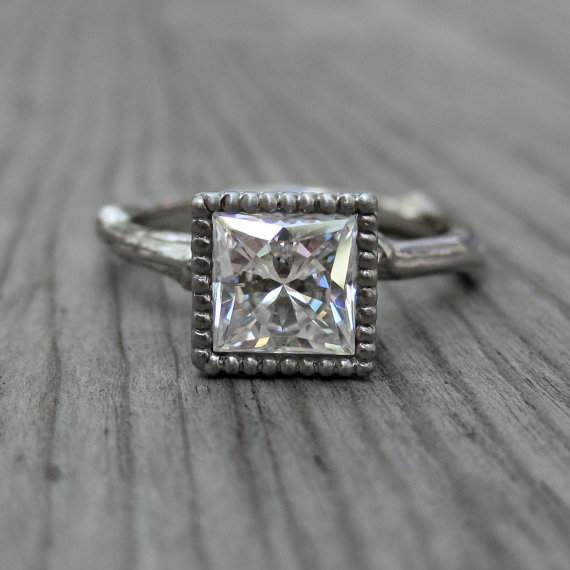 princess cut moissanite engagement ring