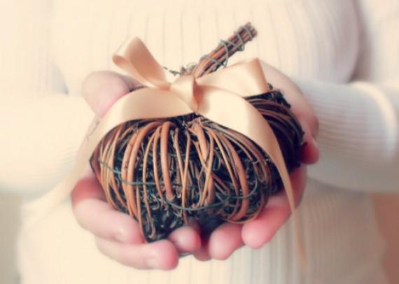 Fall Wedding Trends - pumpkin ring pillow - fall wedding ideas on a budget