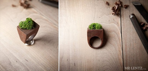 raised heart moss ring