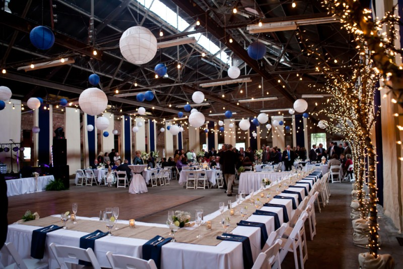 reception for navy blue and white wedding, photo: kristina cipolla | via https://emmalinebride.com/decor/navy-and-white-wedding-ideas/ | from 21 Navy and White Wedding Ideas
