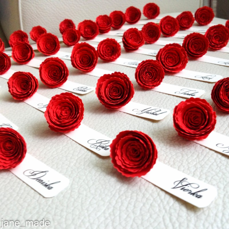 red rose place cards