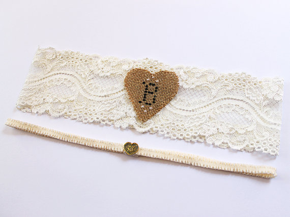 rustic burlap heart garter via Where to Measure for a Garter from EmmalineBride.com