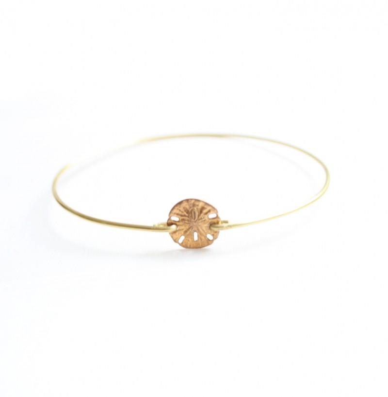 sand dollar - bridesmaid bangle bracelets | https://emmalinebride.com/gifts/bridesmaid-bangle-bracelets/