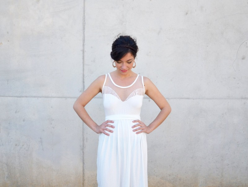 short wedding reception dress | Reception Dress Tips Every Bride Should Know | via https://emmalinebride.com/bride/reception-dress-tips/