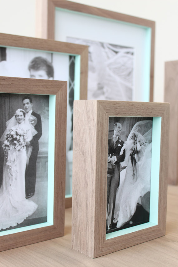 something blue frames | via 10 NEW Something Blue Ideas | https://emmalinebride.com/bride/new-something-blue/