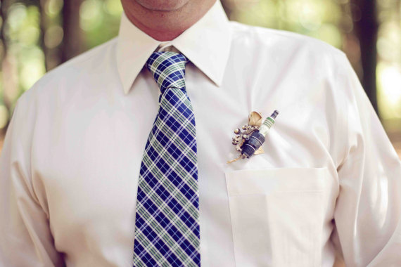 spark plug boutonniere (by The Ritzy Rose) - 21 Unique Alternative Boutonniere Ideas