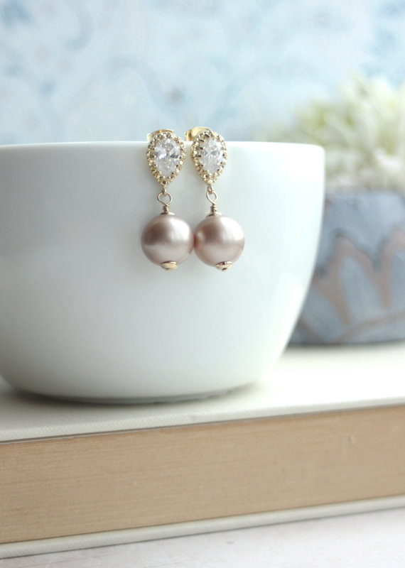 sparkly-pearl-earrings