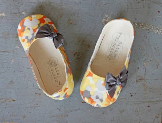 spring orange pattern | handmade flower girl shoes via https://emmalinebride.com/spring/handmade-flower-girl-shoes/