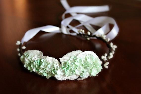 mint - spring wedding crowns | via http://emmalinebride.com/bride/spring-wedding-crowns/