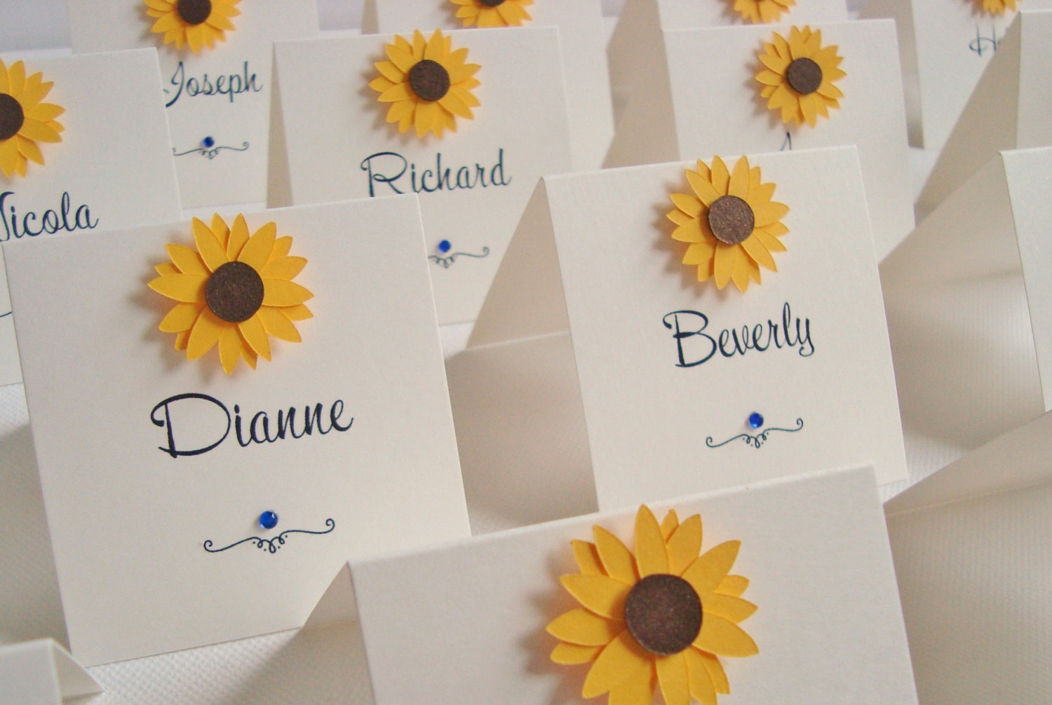sunflower place cards by ohsopurrfect