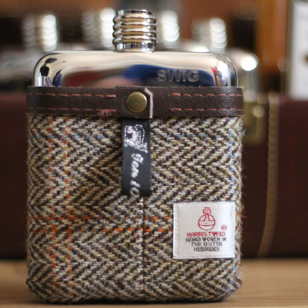 swig harris tweed | groomsmen flasks | https://emmalinebride.com/groomsmen/groomsmen-flasks-swig/