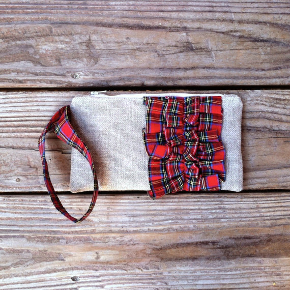 christmas wedding tartan red plaid clutch purses via emmalinebride.com