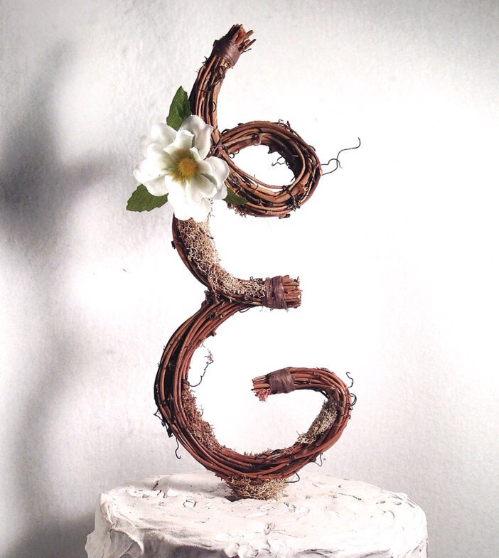 the original twig cake topper by blue ridge engraving | Nature Inspired Wedding Ideas | http://wp.me/p1g0if-x0y