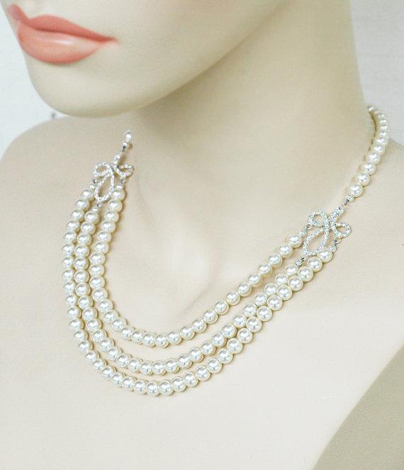 Win a Bridal Necklace! (by White Tulip Boutique via EmmalineBride.com)