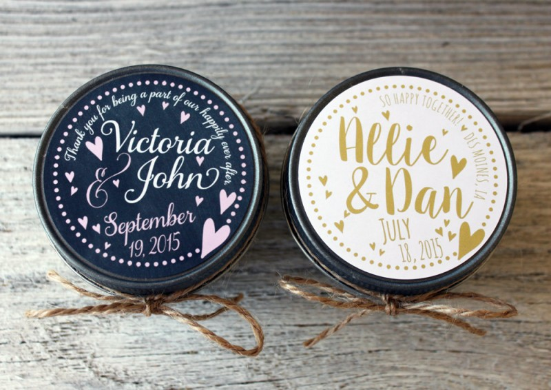 candle favors by veris candles and bath | https://emmalinebride.com/planning/scented-candles-at-wedding/