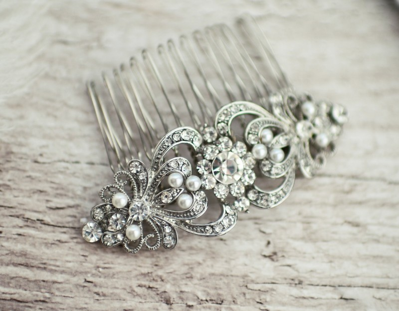 Bridal Hair Combs | https://emmalinebride.com/bride/bridal-hair-combs/
