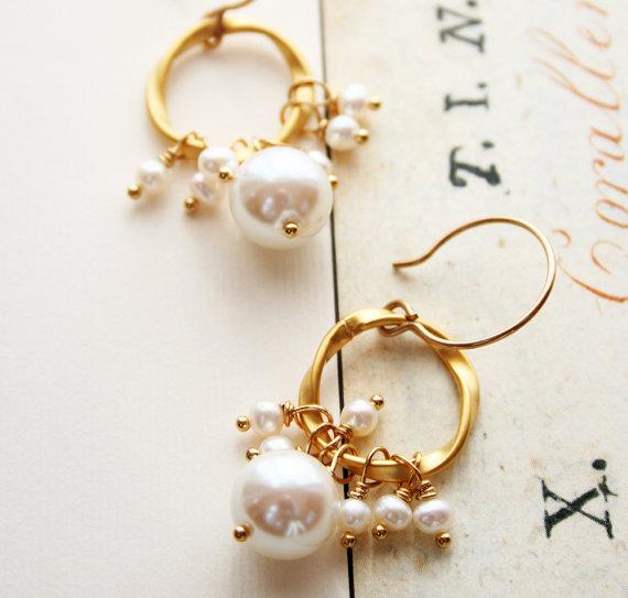 vintage drop pearl earrings