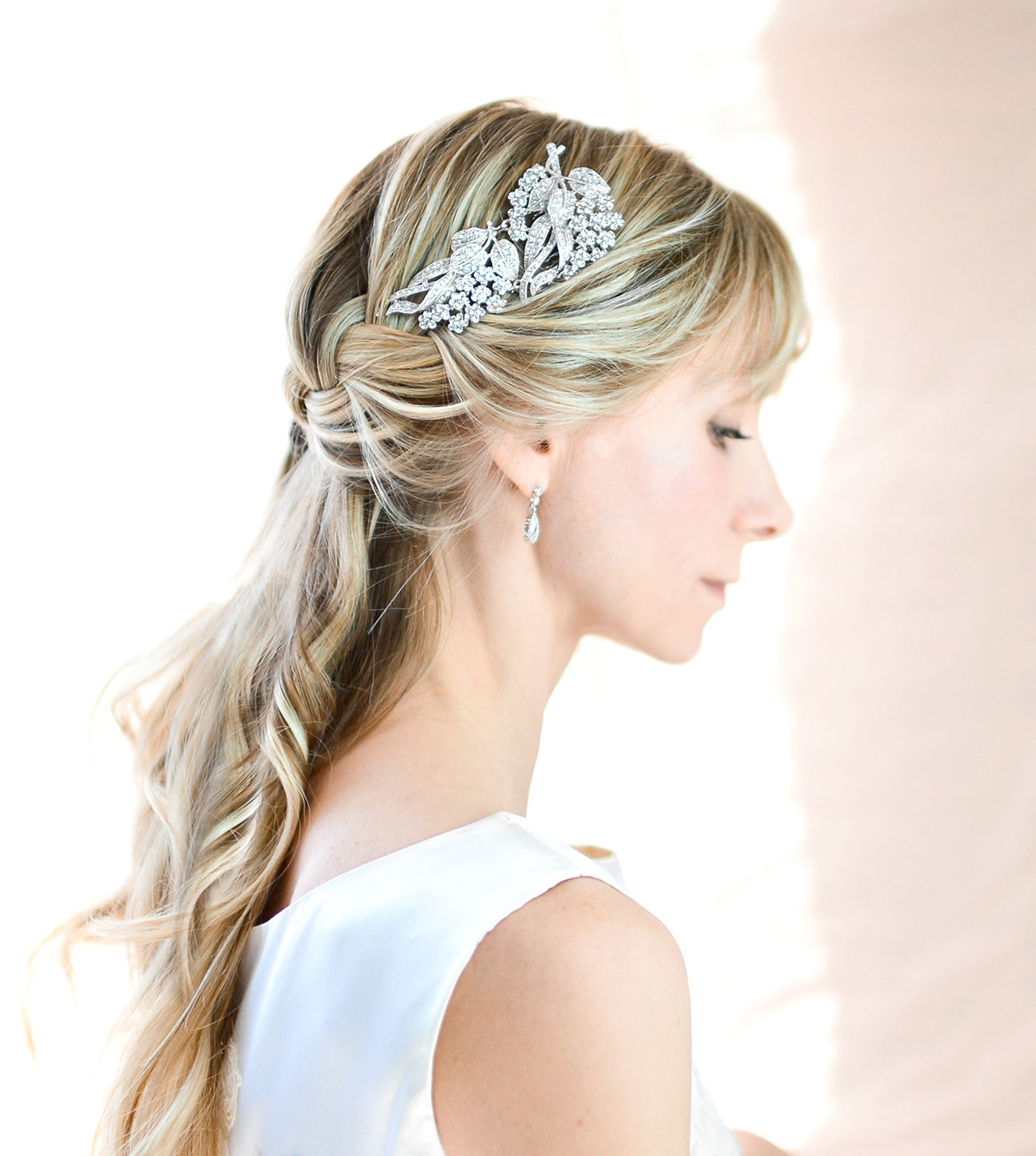 vintage style bridal hair comb by lottie da designs | what to wear instead of a veil