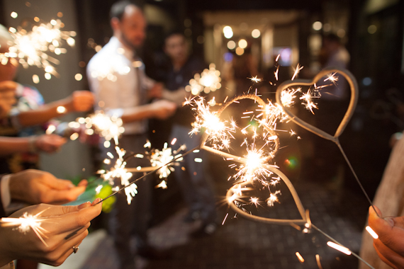 7 Wedding Sparkler Mistakes to Avoid via EmmalineBride.com - photo by matt martin