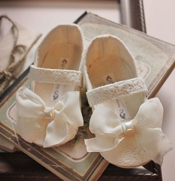 white lace flower girl shoes | handmade flower girl shoes via https://emmalinebride.com/spring/handmade-flower-girl-shoes/