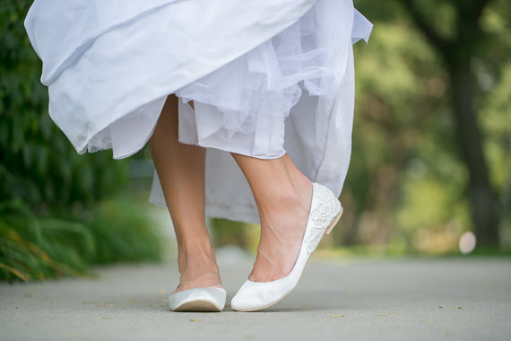 white wedding flats by Walkin On Air | via 5 Tips to Make Wedding Flats Absolutely Easy to Wear https://emmalinebride.com/bride/tips-flats-wedding/