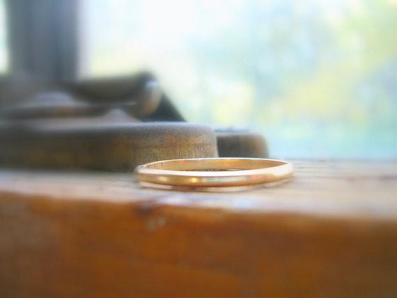 yellow gold thin wedding band | handmade wedding bands | http://emmalinebride.com/jewelry/handmade-wedding-bands/